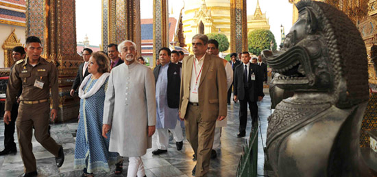 Vice President visits Wat Phra Kaew Temple in Bangkok during his visit to Thailand