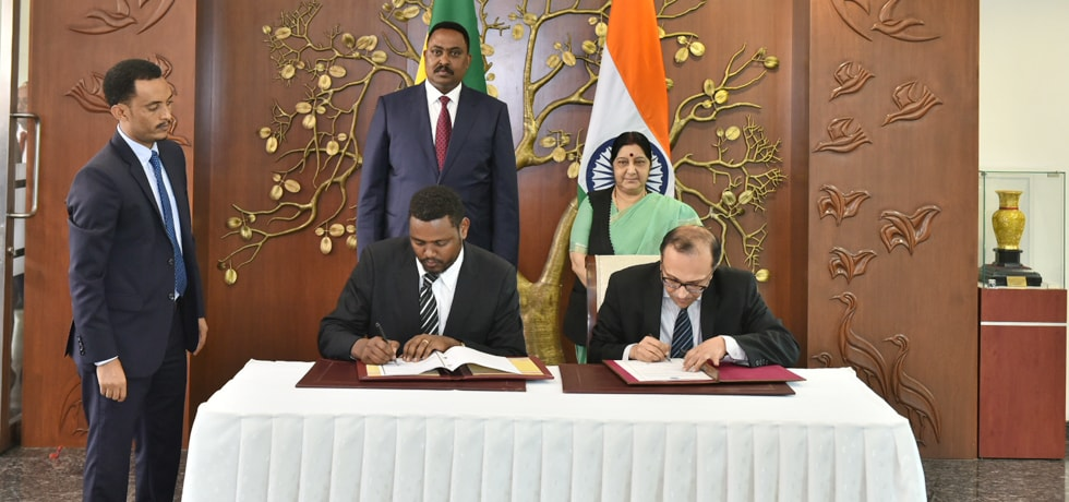 External Affairs Minister and Dr. Workneh Gebeyehu, Foreign Minister of Ethiopia oversee Exchange of MoU in New Delhi